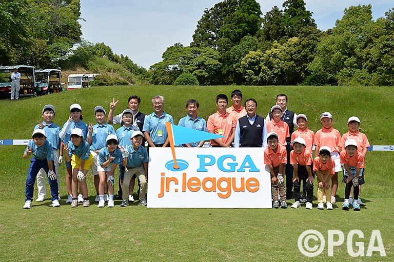 <PGAジュニアリーグ>13歳までの2人組スクランブル方式チーム戦!