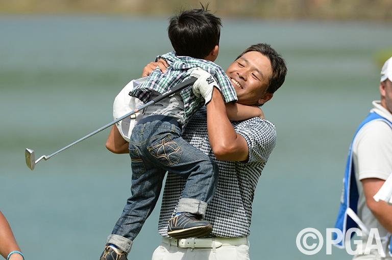 【プレーバック2014】手嶋多一、ベテランの底力発揮!7年ぶり、ツアー7勝目、日本オープンに次ぐメジャー2勝目──