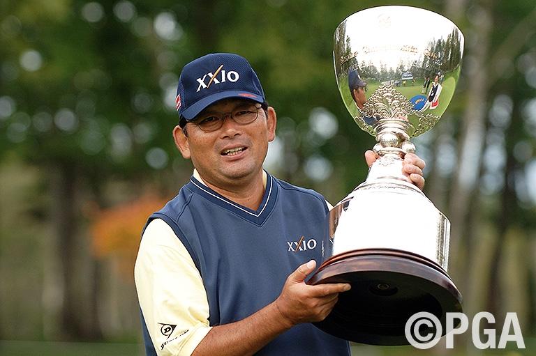 日本プロシニア初優勝を果たした中嶋常幸