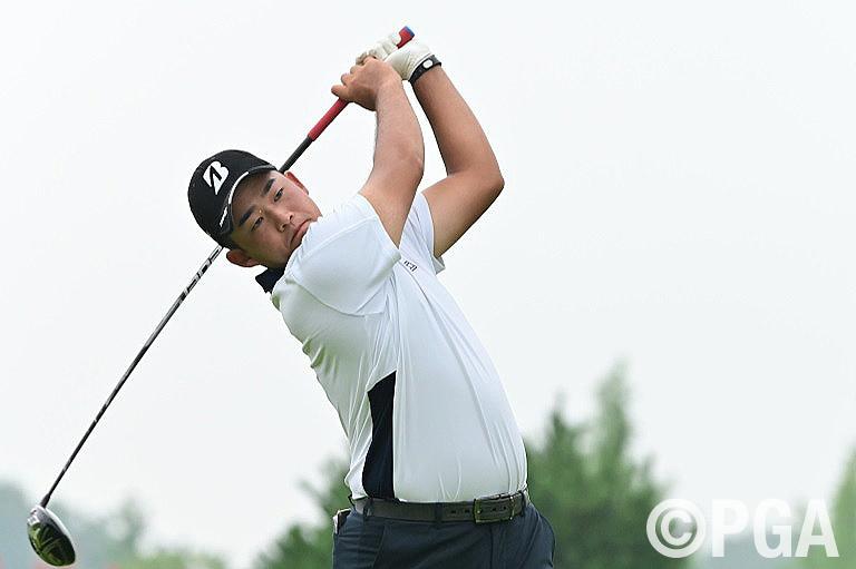 <2R>織田が63を叩き出し首位浮上、プロゴルファー人生を選びテストに挑戦