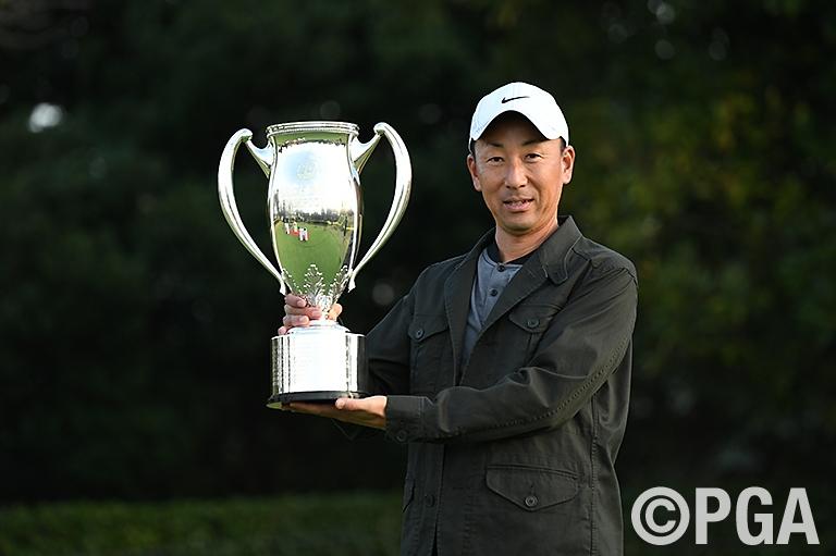 ティーチングプロ選手権初優勝を果たした若杉和浩